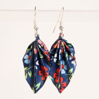 Origami leaf earrings – chiyogami flowers on blue