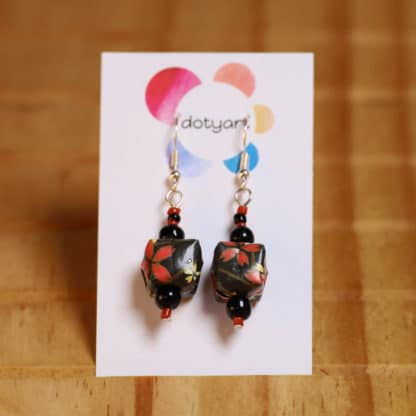 Chiyogami origami earrings – flowers on black parcels